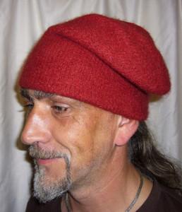 link to pattern voyageur cap