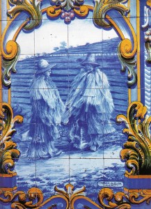 Illustration from Rondom Textiel - Portuguese Rainwear from natural fibre